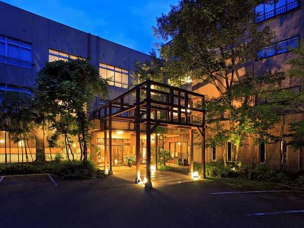 宝泉寺温泉の老舗旅館!山の中の静かな旅館です