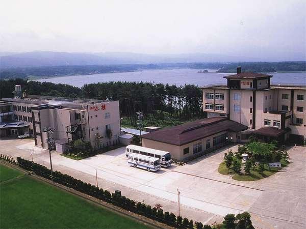 *ホテルニュー桂へようこそ!皆様を温かなおもてなしでお迎え致します。