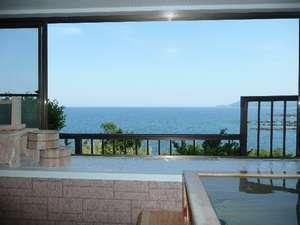 離れヒノキ風呂から見る景色