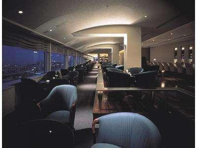18階スカイラウンジ『クレセント』。