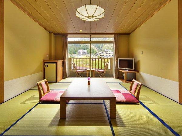「心の館」の和室は、10畳間です。