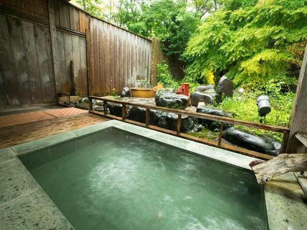 自家源泉の露天風呂