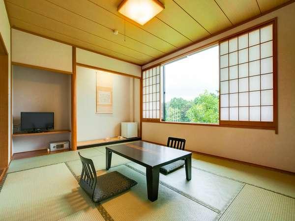 和室10畳のお部屋です。禁煙・喫煙どちらもございます。