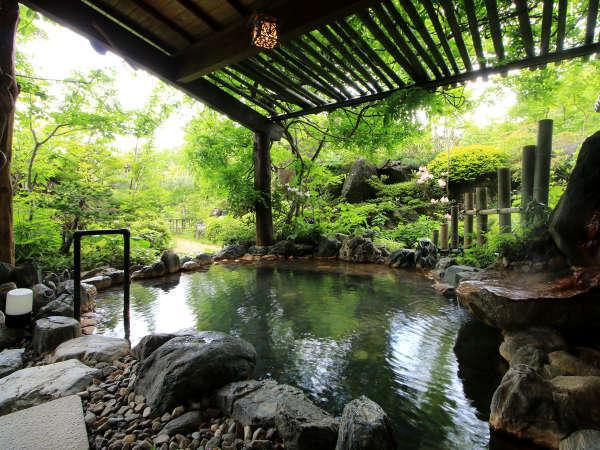 【福寿の湯】自家源泉100%掛け流し、大自然の息吹を感じる露天風呂