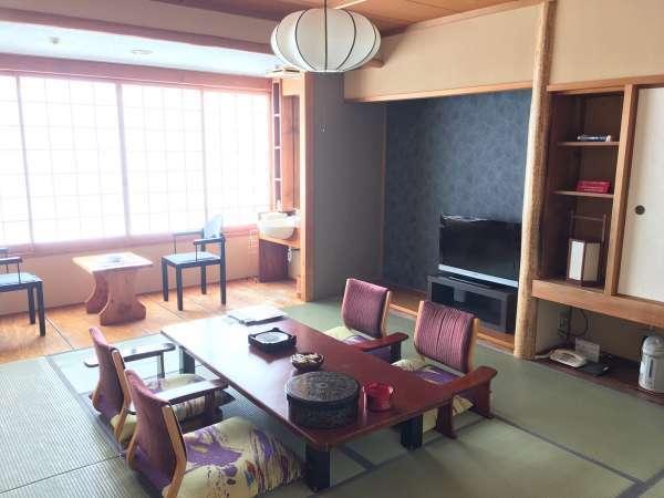 本館客室和室の一例本館4階~6階の客室のクロスを張り替えました。(2016年11月)