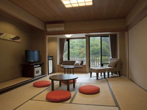 「遊楽館 最上階和室」モダンな最上階の和室です。