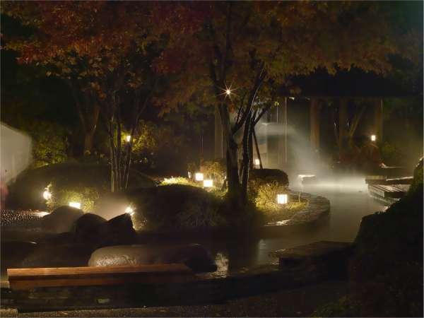 足湯の風景(夜)