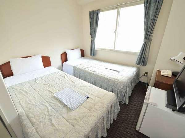 【エコノミーツインルーム】スタンダードツインよりも小さめのお部屋ですが、その分リーズナブルです。
