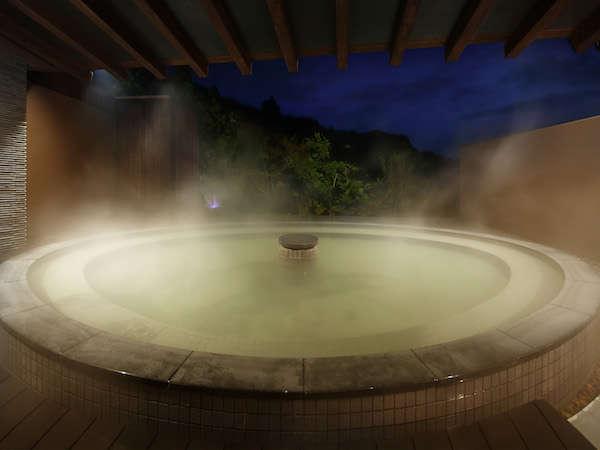 パノラマ露天風呂【薫風の湯】宿泊者専用でゆっくり