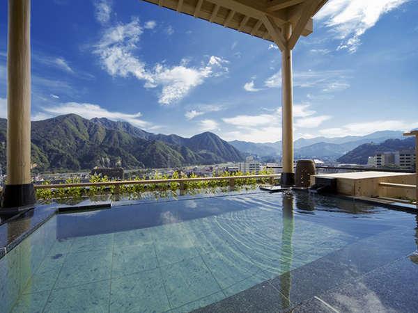 【空の湯】谷川連邦を望む最上階の展望浴場