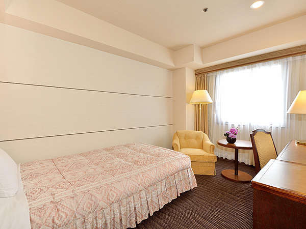 ■新館シングルルーム(17~18平米)