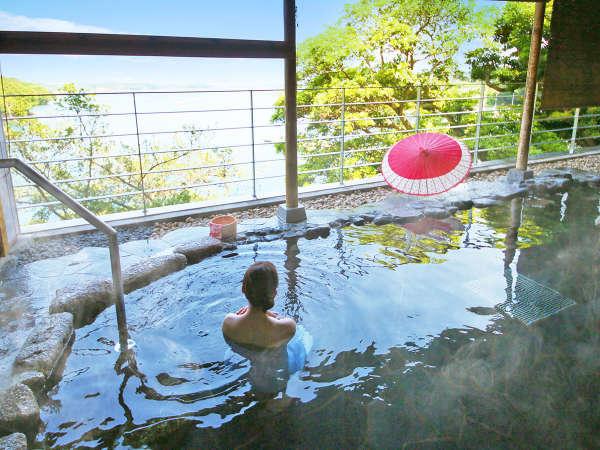 英虞湾を臨む、開放的な露天風呂露天風呂:昼