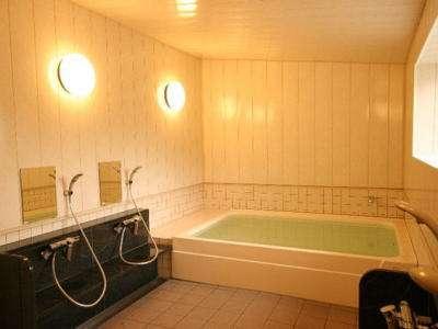 ホテル内風呂(WEST)時間によって予約貸切を承っています(~7名)