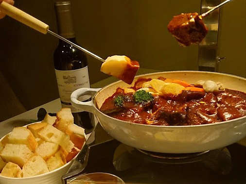 春のヴィラで食べる夕食「サラdeグラナーベ」