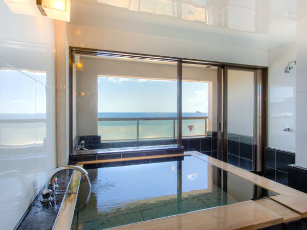 露天風呂付き客室 相模湾一望の露天風呂