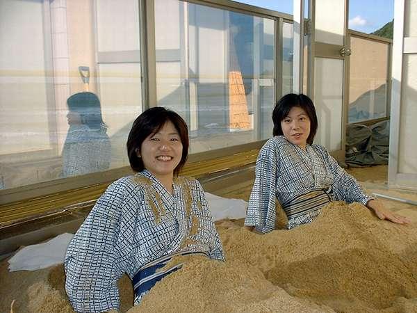 京都で友善にしかない「砂風呂」です。