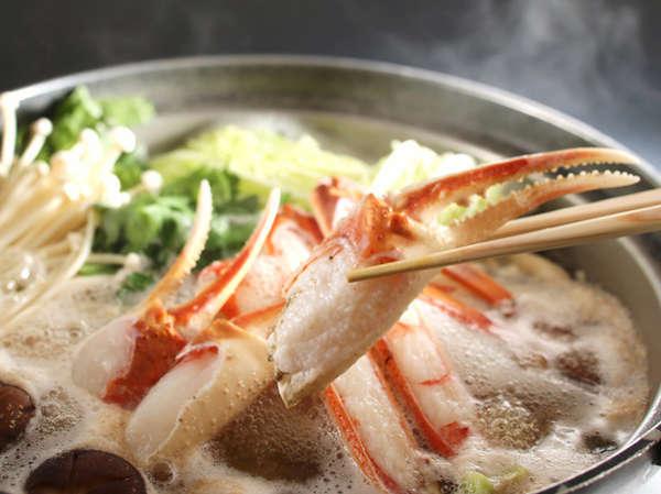 友善オリジナル出汁ので食すカニ鍋は温まりますよ!