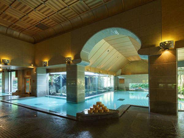 1階 庭園大浴場 月鏡(内風呂)