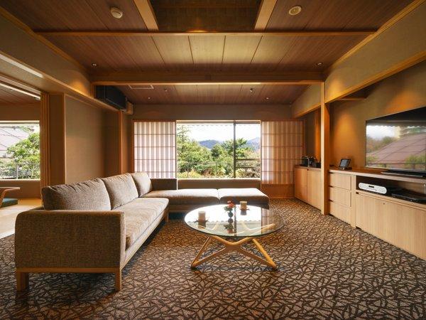 【白玉の湯 泉慶】【泊って良かった大賞2位&売れた宿大賞3位】贅を極めた宿で過ごす