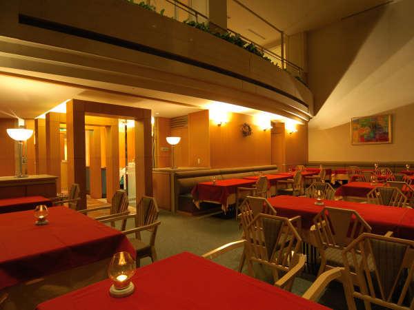 雰囲気を愉しむ洋食レストラン