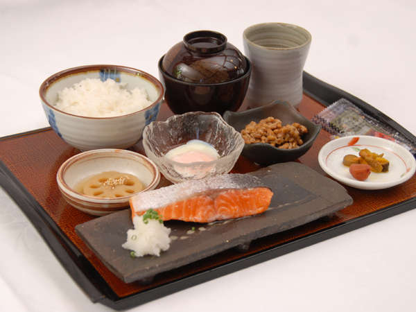 *朝食一例(和食)/体に優しい朝食を