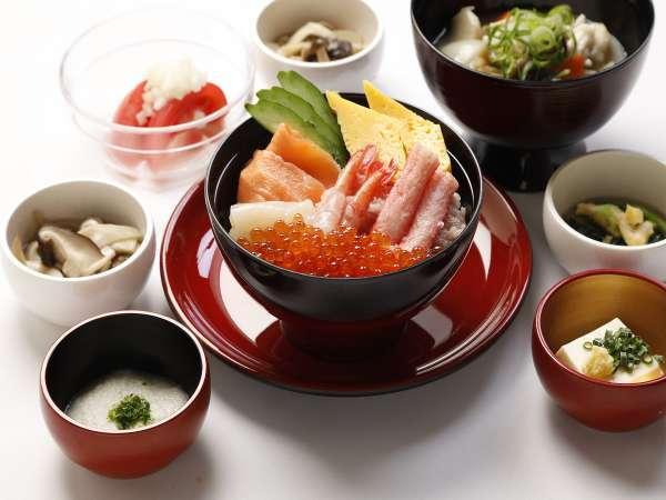 【朝食】海鮮盛丼セットイメージ
