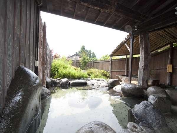 大自然の中の露天風呂です