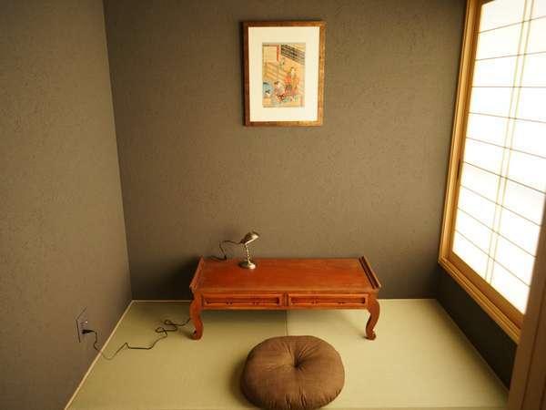 客室□畳スペース