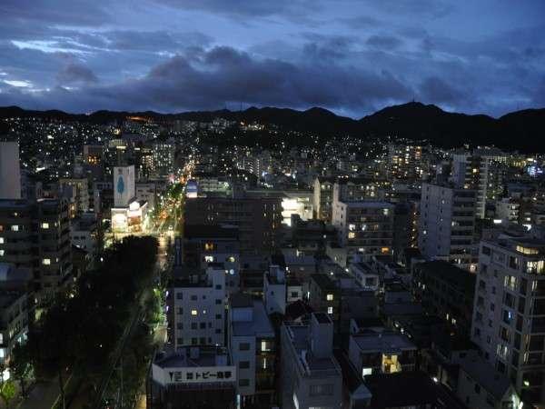 【シングル:15㎡】高層階14階のお部屋からの夜景例