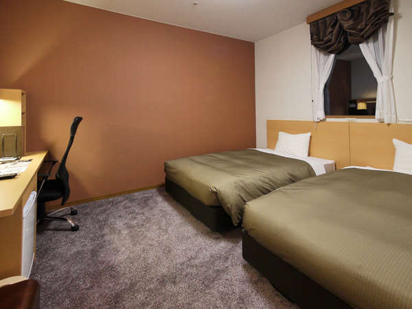 限定4室のツイン ベッドくっつければ240cm 仲良しなら3名でも