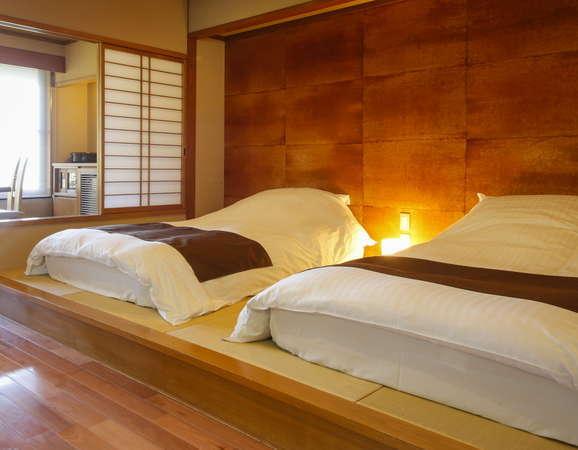 ツインルーム一例。和室や洋室など様々なタイプの客室をご用意。