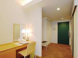 DXシングルルーム◆14平米◆130cmのセミダブルベッド