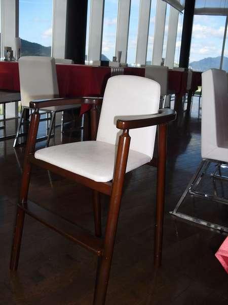 レストランさぼうる 小さいお子様でも安心のお子様用椅子