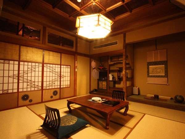 凝った造りの部屋一例