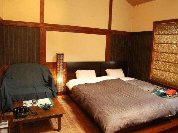 【露天付アジアン館】布団式ツインタイプ。アジアン感漂うお部屋。