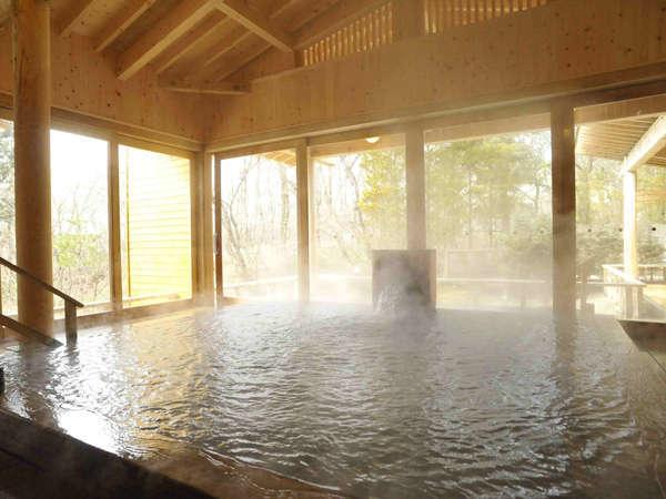 3種3色の温泉(硫黄泉・弱アルカリ泉・マグネシウム泉)保有は那須唯一!温泉三昧!