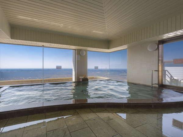 大浴場からも絶景を望めます。