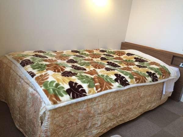 ■シングル■セミダブルでも利用可能な123cmのベッド