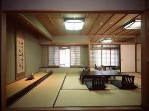 二間和室(バス・トイレ付)ゆったりとした客室です、グループやご家族連れのお客様にどうそ♪
