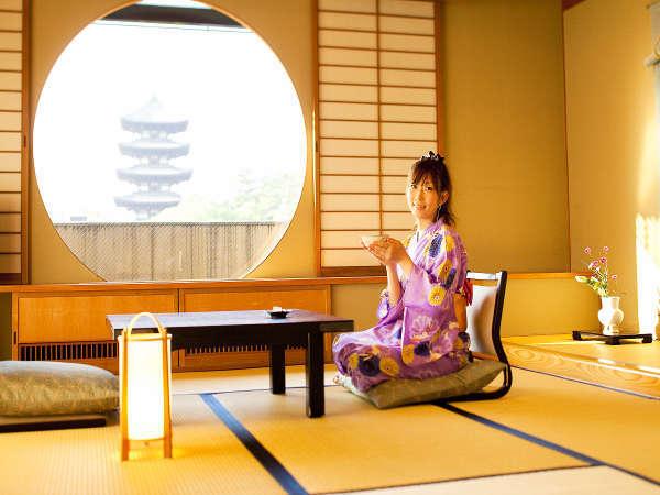 【和洋室~世界遺産を望む絶景ビュー~】和と洋、それぞれの洗練と粋が寛ぎを深める~