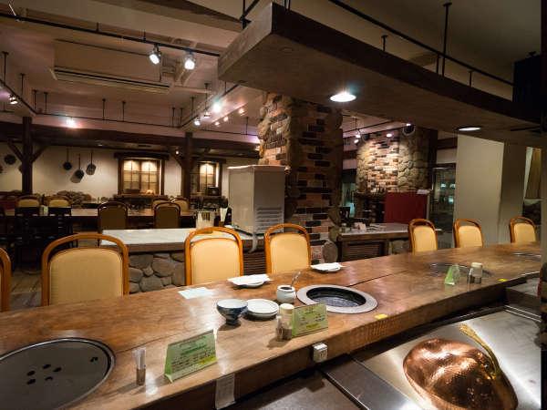 ご家族、お友達と賑やかに夕食を楽しむならレストラン「プレリ」での網焼きディナーがおすすめ!