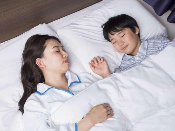 小学6年生までのお子様は添い寝無料!