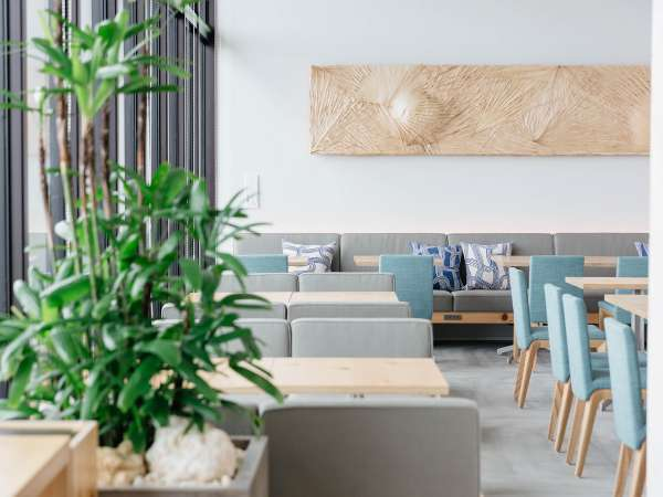 ◆レストラン・ローカステーブル