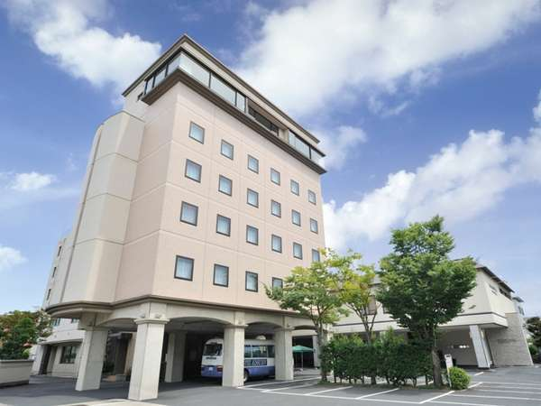 プラザホテル吉翠苑外観