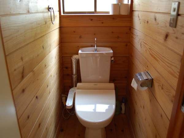 コテージ内トイレはウォシュレット付きです♪