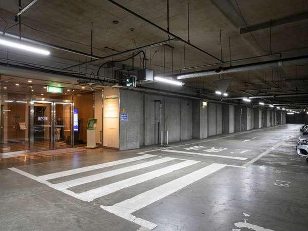 地下駐車場完備!雨や雪の日でも安心♪