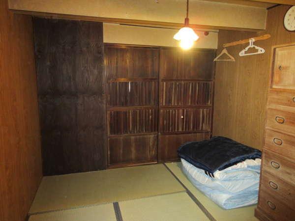 「橋詰の家」101号室