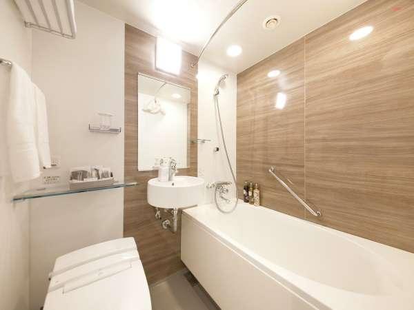 【シングル・ダブルルーム】浴室(ユニットバス)