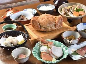 地元の食材を使用したお食事です。