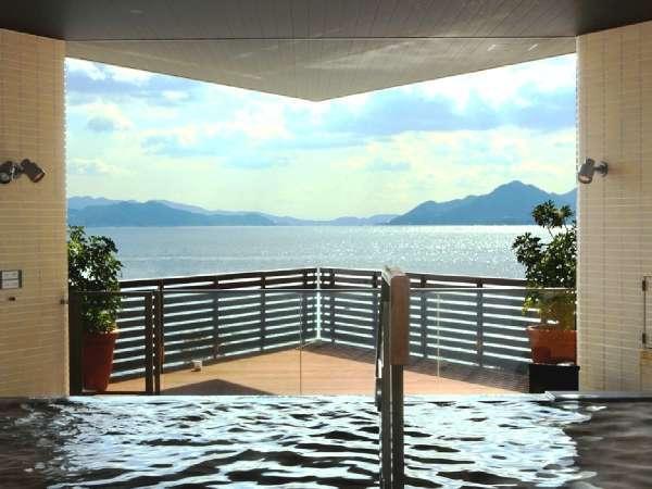広島温泉「瀬戸の湯」(3F) 瀬戸内海を臨む